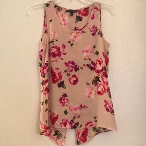 Floral, open back tank top